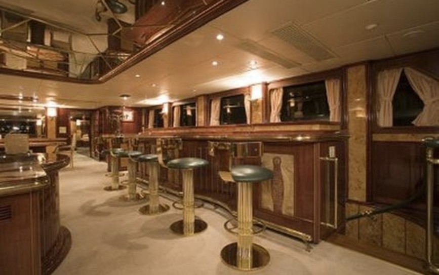 Ineke iv lloyds ship pty yacht location d 39 un fly de 40 m 5 cabines - Photo interieur yacht de luxe ...