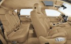 Porsche Cayenne - detail finition of the luxury car on 360° luxury services