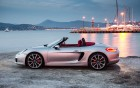 Porsche Boxter - vue de côté de la voiture de luxe