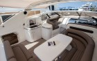 ANTHINEA, Princess V50 - vue du pont, salon extérieur du yacht