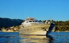 ANTISAN, ALALUNGA - vue de profil du yacht