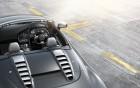 R8 Spyder - vue aérienne de voiture de luxe à louer   360° luxury services