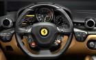 Ferrari F12 Berlinetta, vue intérieur, voiture de luxe en location sur 360° luxury services