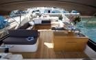 O2B Rodman - Fly Bridge - location, 360 luxury services