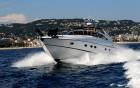 ANTHINEA, Princess V50 - vue avant du yacht